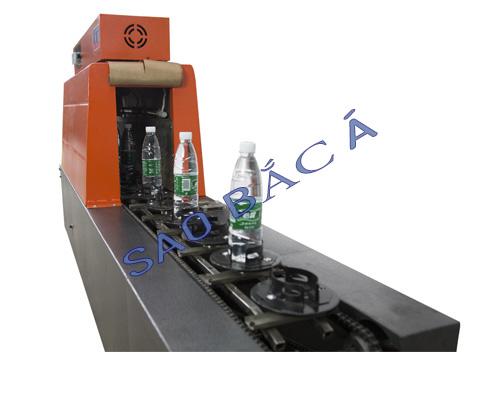 Máy màng co chuyên dụng để co tem nhãn cho các loại chai1