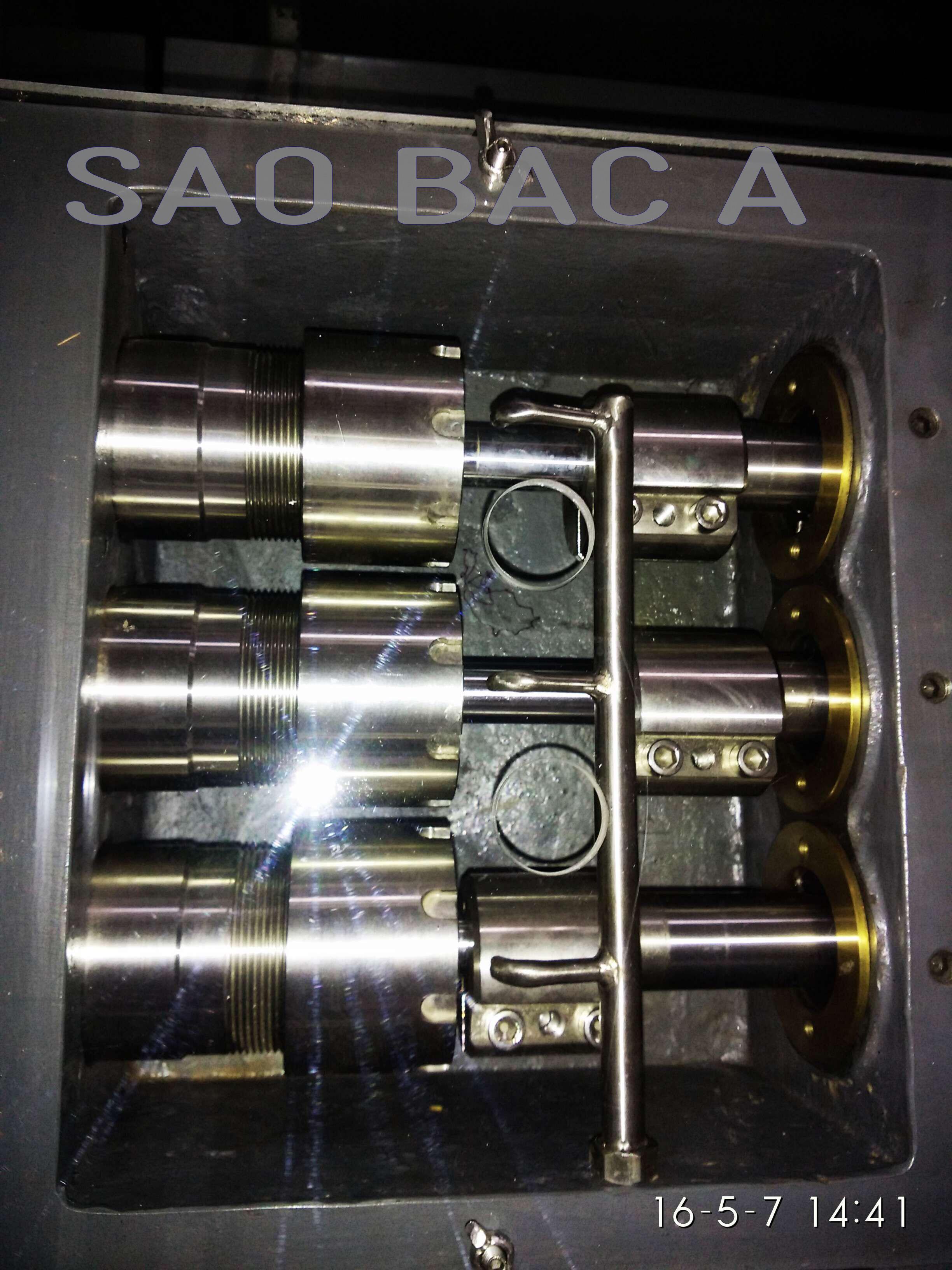 máy đồng hóa 2