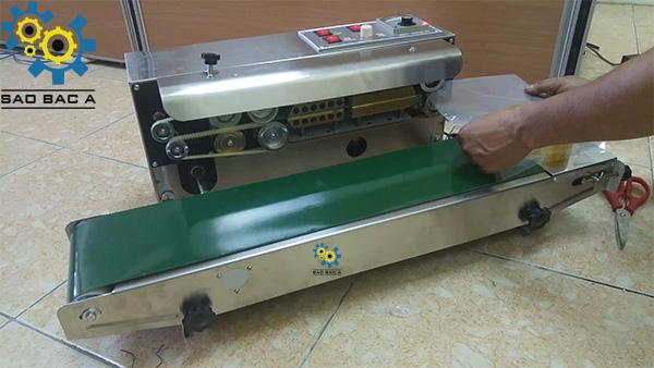 9-may-han-mep-fr900
